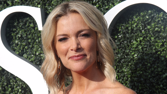 Rich white person Megyn Kelly has decided blackface is OK. The internet disagrees.