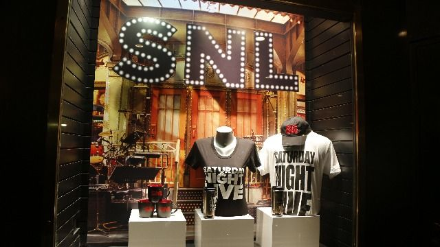 'SNL' star Michael Che faces backlash for jokes about Simone Biles.
