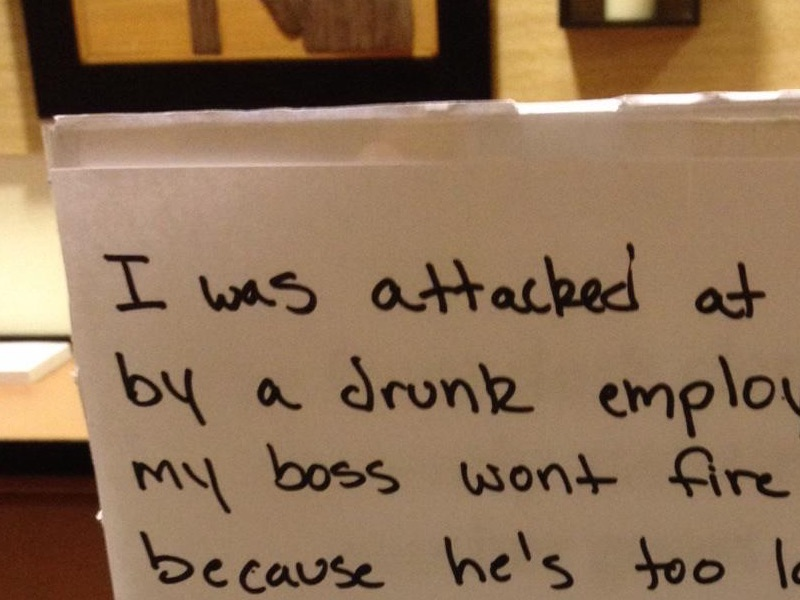 Mistreated hotel employee leaves a resignation note at the front desk for guests to find.
