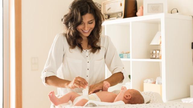 19 moms share parenting hacks that make their lives a little bit easier.
