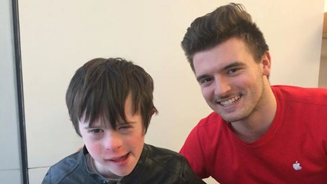 Mom writes open letter to Apple Store employee who saved the day for her special needs son.