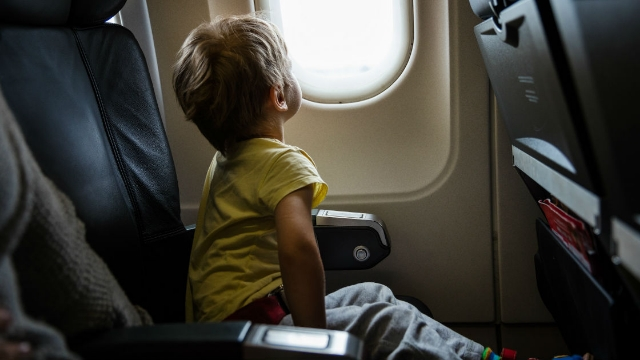 Mom sends autistic son on a flight with $10 and a note. His seat mate refused to accept it.