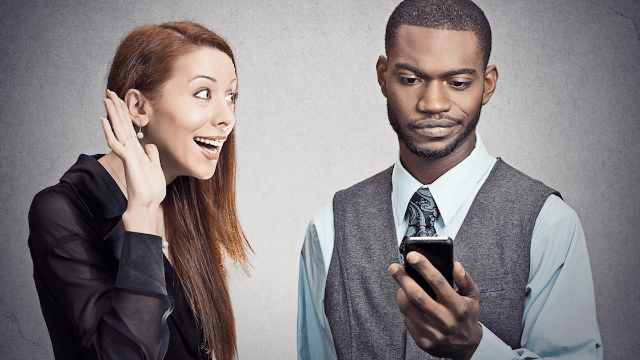 'Mooning' is the new texting term you should learn because somebody's probably doing it to you.