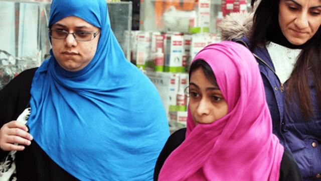 Hijabi dating non muslim