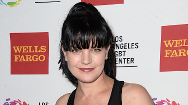 An NCIS actress convinced a homeless man to stop attacking her by giving him a compliment.