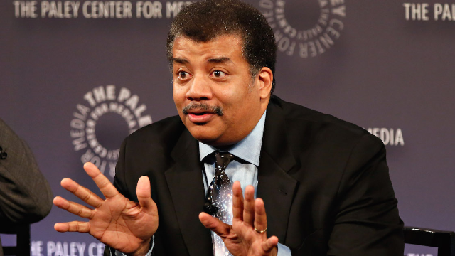 Neil deGrasse Tyson picked apart the science in 'Star Wars' because that's what he does.