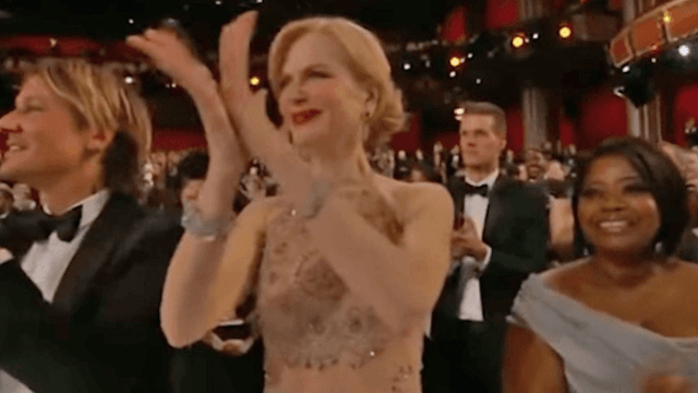 Nicole Kidman has a pretty reasonable explanation for her super weird clapping.