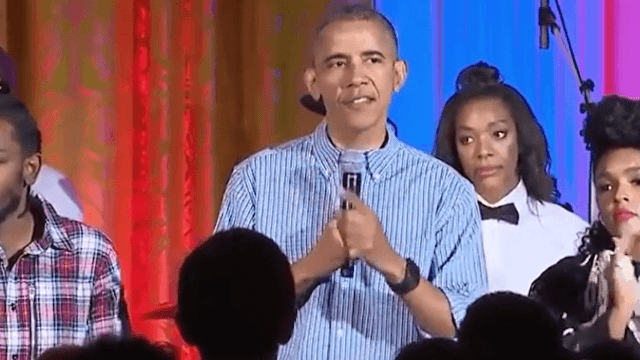 Obama humiliates Malia by singing 'Happy Birthday' to her in front of everyone omg what a dork.