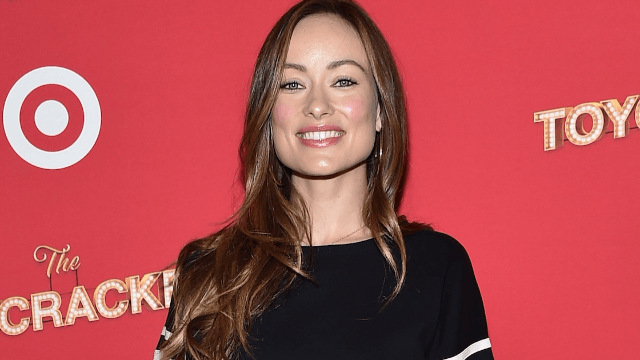 Olivia Wilde calls out breast pump ad featuring a model who is definitely not a new mom.