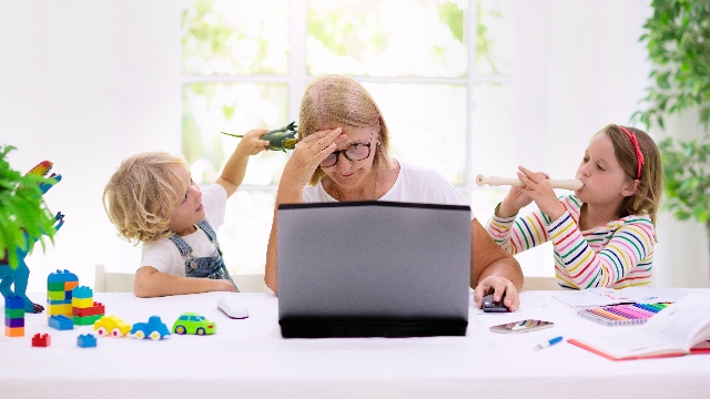 16 parents having a worse homeschooling experience than you.