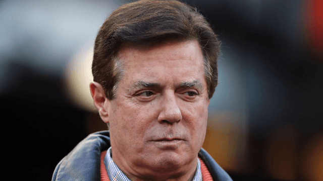 Twitter's laughing through Paul Manafort's indictment. Fox News is not.