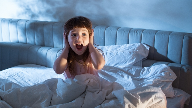17 people share the unusual things they were afraid of as kids.