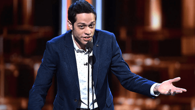 'SNL' star Pete Davidson's tribute to his father, a 9/11 firefighter, was moving and hilarious.