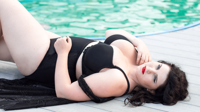 Plus-sized models Photoshopped themselves to make a point about beauty standards.