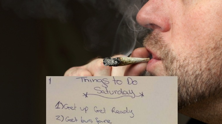 """Police tweet hilarious stoner """"to-do list"""" they found during a raid."""