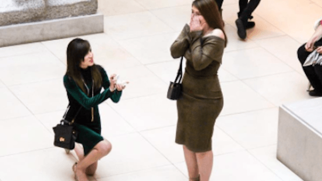 Everyone is dying over this old lady's reaction to a public proposal.