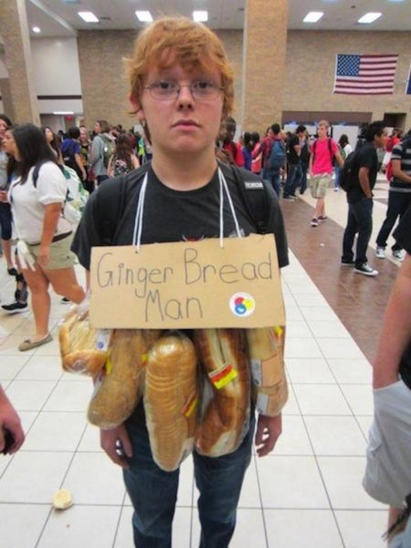 2 this ginger bread man - Halloween Puns Costume