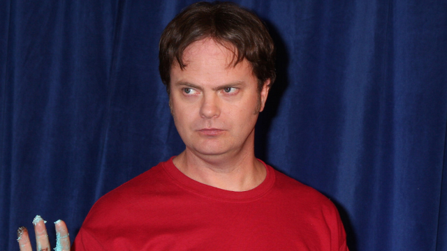 Rainn Wilson trolled a fan who bugged him for an autograph in most Dwight Schrute move ever.