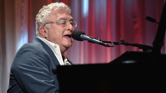 Randy Newman's new song is all about shirtless Vladimir Putin.