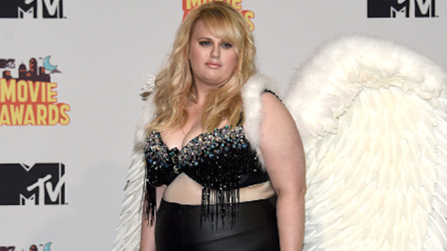 Comedian Rebel Wilson claims the Kardashians have launched a 'smear campaign' against her.