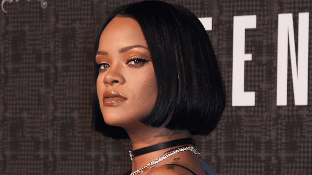 This makeup artist looks *exactly* like Rihanna and the internet can't tell them apart.