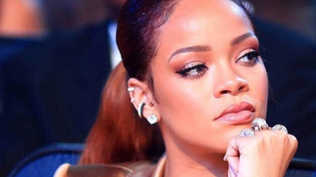 Rihanna sets the record straight about dating Matt Barnes with some brutal hashtags.