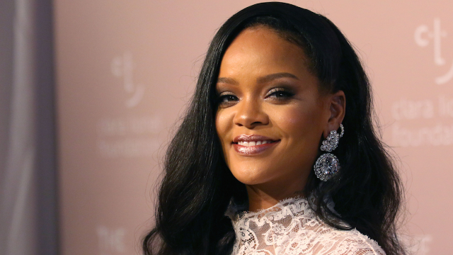 Rihanna came for the Super Bowl and its fans in shade-filled Instagram stories