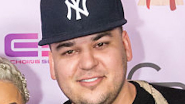 Rob Kardashian left a heartbreakingly sad comment on Snapchat and fans are worried.