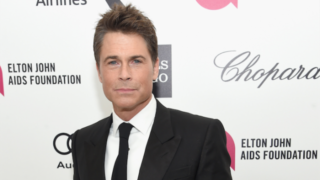 Rob Lowe got in a bizarre Twitter fight with a writer.