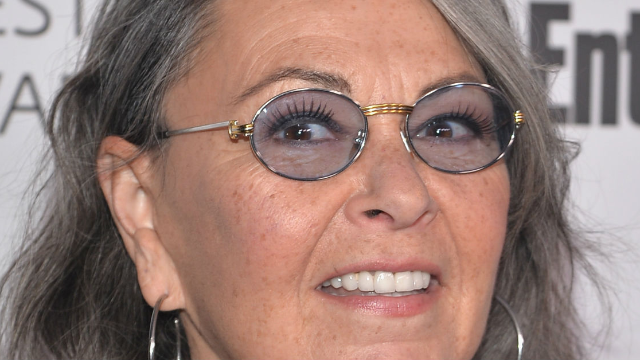 Roseanne goes on unhinged pro-Trump tweet rant and it's a lot to process.