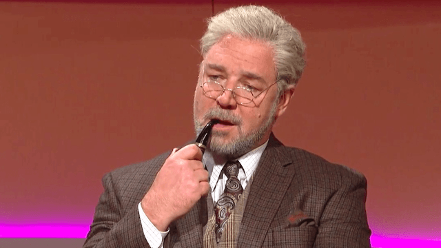 Russell Crowe brings an Oscar-worthy intensity to playing a 'student of genitals' on 'SNL.'