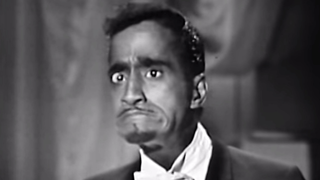 Sammy Davis Jr. also read the wrong envelope at the 1964 Oscars, but played it off much better.