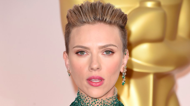Scarlett Johansson is probably dating this 'SNL' star.