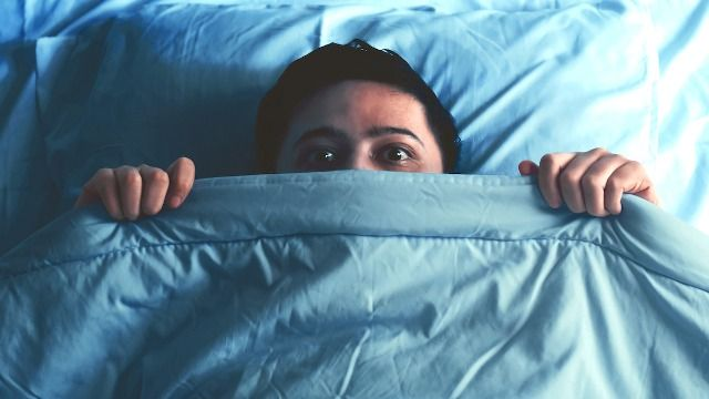 21 people share the scariest thing that's woken them up in the middle of the night.