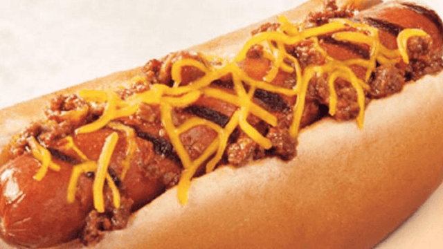 Guy's comparison photo of his Burger King hot dog with its ad pulls back the curtain on reality.