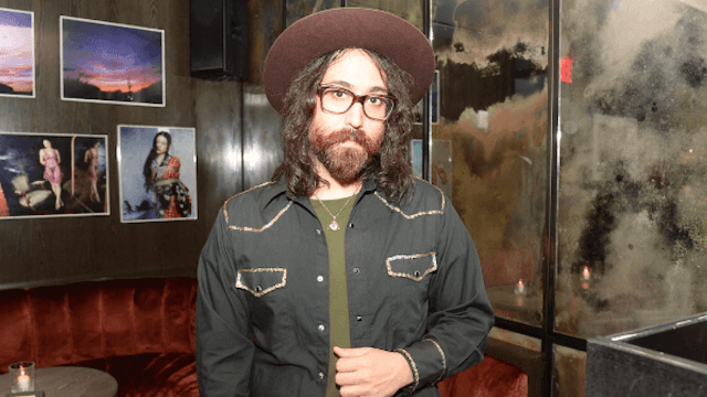 Sean Lennon mansplains why mansplaining is 'sexist' (towards men).