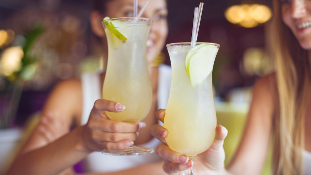Server could lose job for secretly serving pregnant customer's cocktails without alcohol.