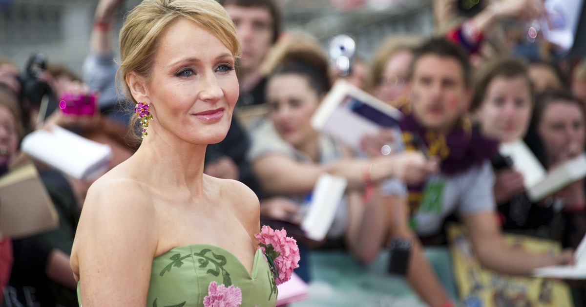 Shade queen JK Rowling came for Trump after his latest Twitter rant. Expelliarmus!