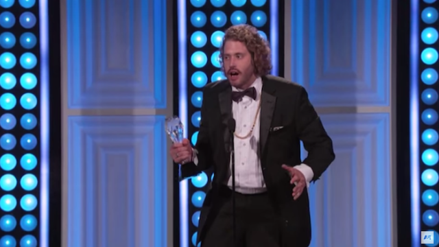 """""""Silicon Valley""""'s T.J. Miller won an award, gave a hilarious speech about how awards don't matter."""