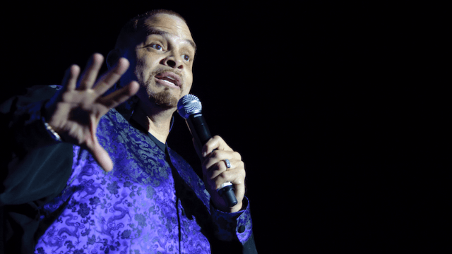 Sinbad says he'll make that genie movie 'Shazaam' that many people are wrongly convinced already exists.