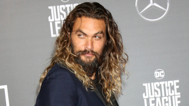 'SNL' sketch features a shirtless Jason Momoa as Khal Drogo. We're not mad.