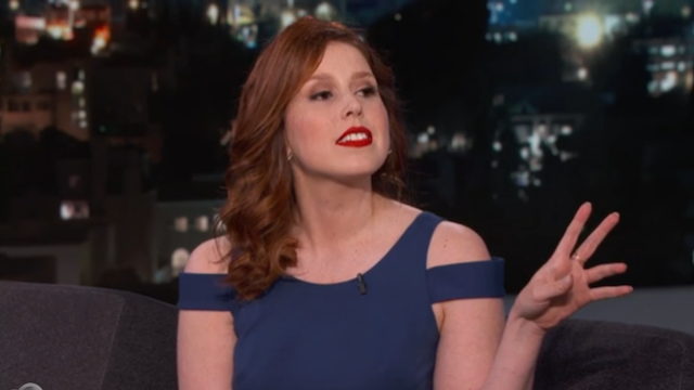 SNL's Vanessa Bayer does a dead-on impression of all of the 'Friends' friends.