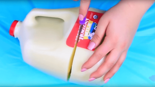 These oddly mesmerizing videos of people slicing through soda-shaped Jello will also give you a great prank for April Fool's Day.