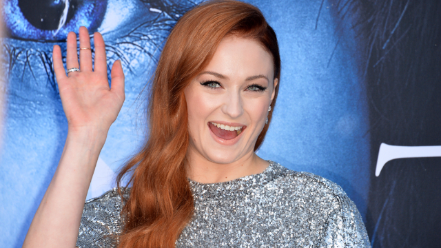 30 times Sophie Turner made the internet worth it. Bow down to the Lady of Winterfell.