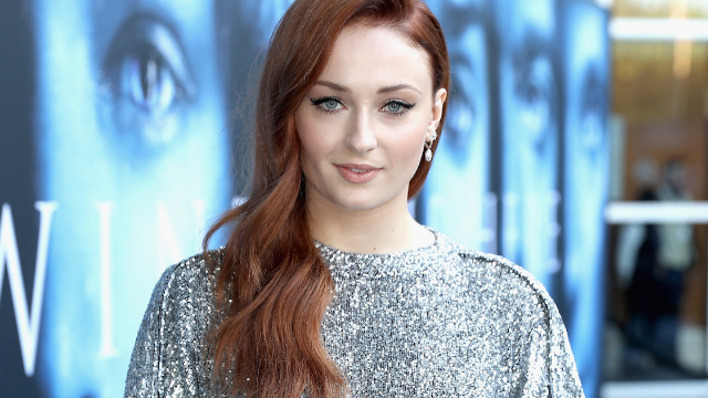 Sophie Turner got a new tattoo and GOT fans think it might be a spoiler.