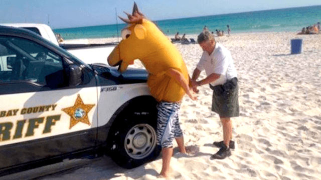 15 people who will never forget Spring Break, because it ended in complete disaster.
