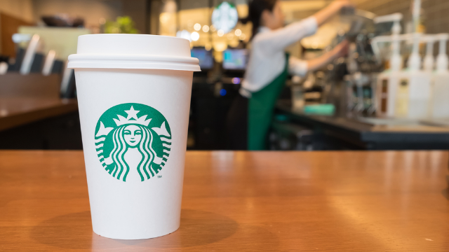 Starbucks barista calls out white customers for their racist response to racism scandal.