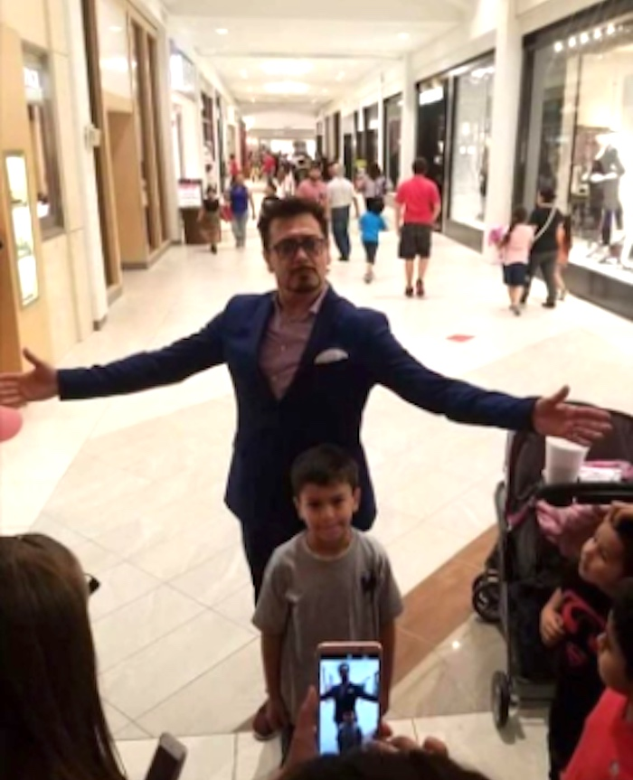 Tony Stark look-alike tricks entire mall into thinking he's actually Robert Downey Jr.
