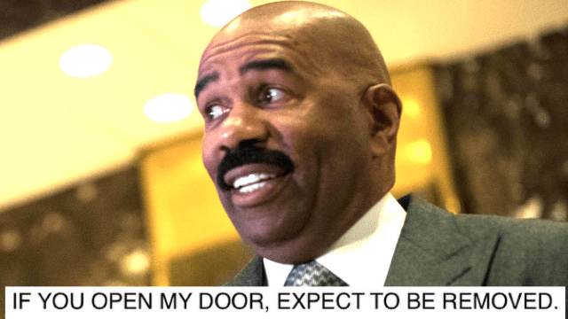 An angry email from Steve Harvey to his whole staff was leaked and man does he look like a diva.