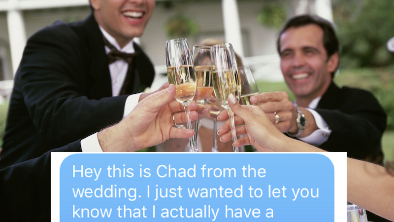 Straight guy's response to gay guy who gave him his number is a master class in not being awkward.